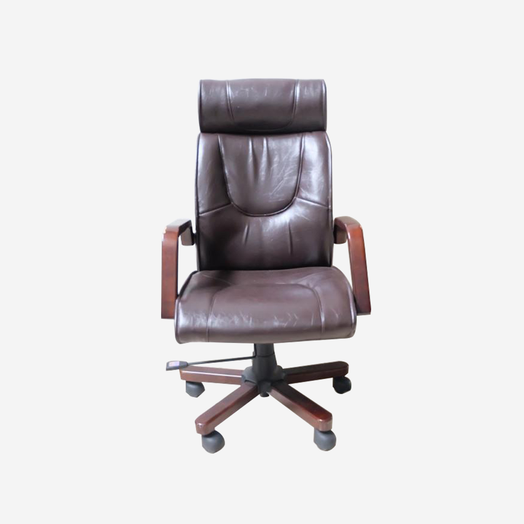 Octavio Director Chair