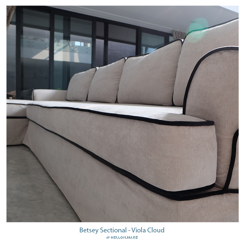 Betsey Sectional